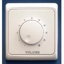 Regulátory hlasitosti, přepínače